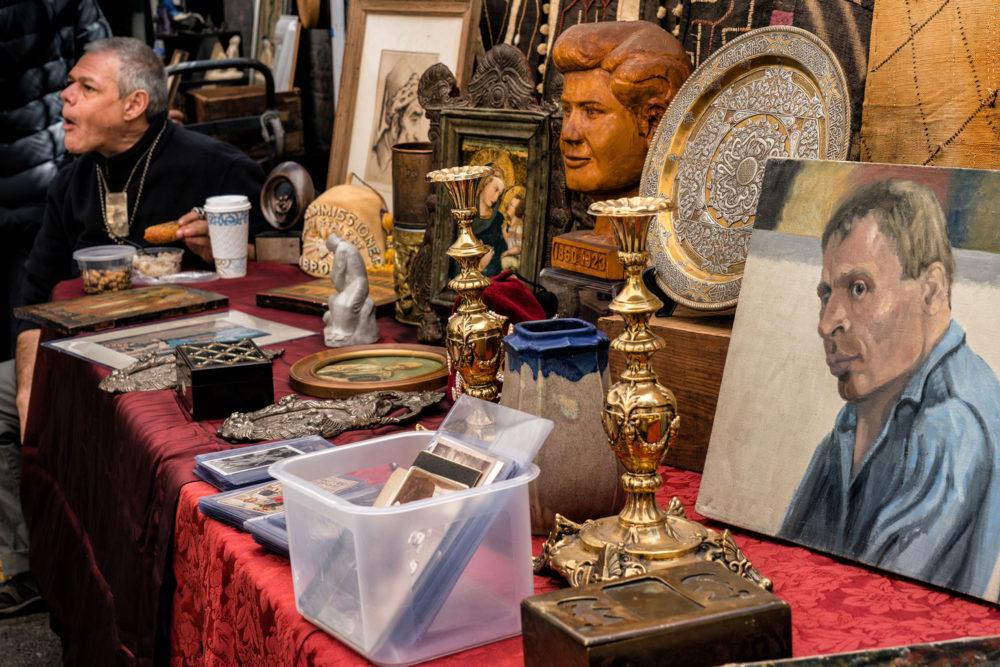 An antiques store at Chelsea, a flea market NYC hotspot.