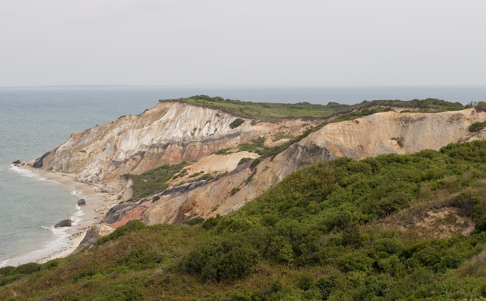 Moshup Beach in Aquinnah, USA