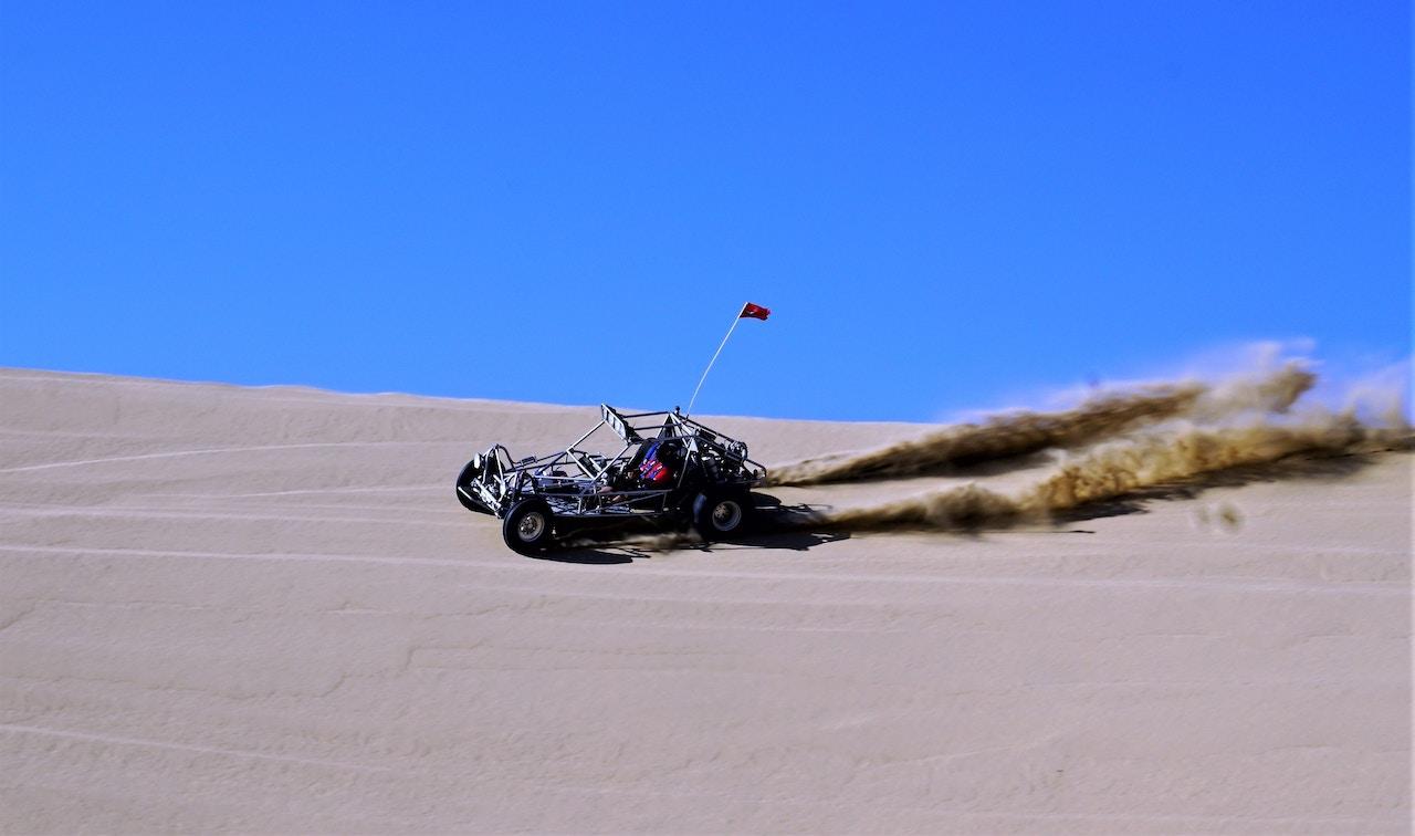 Four wheels dunes bashing in Pismo California