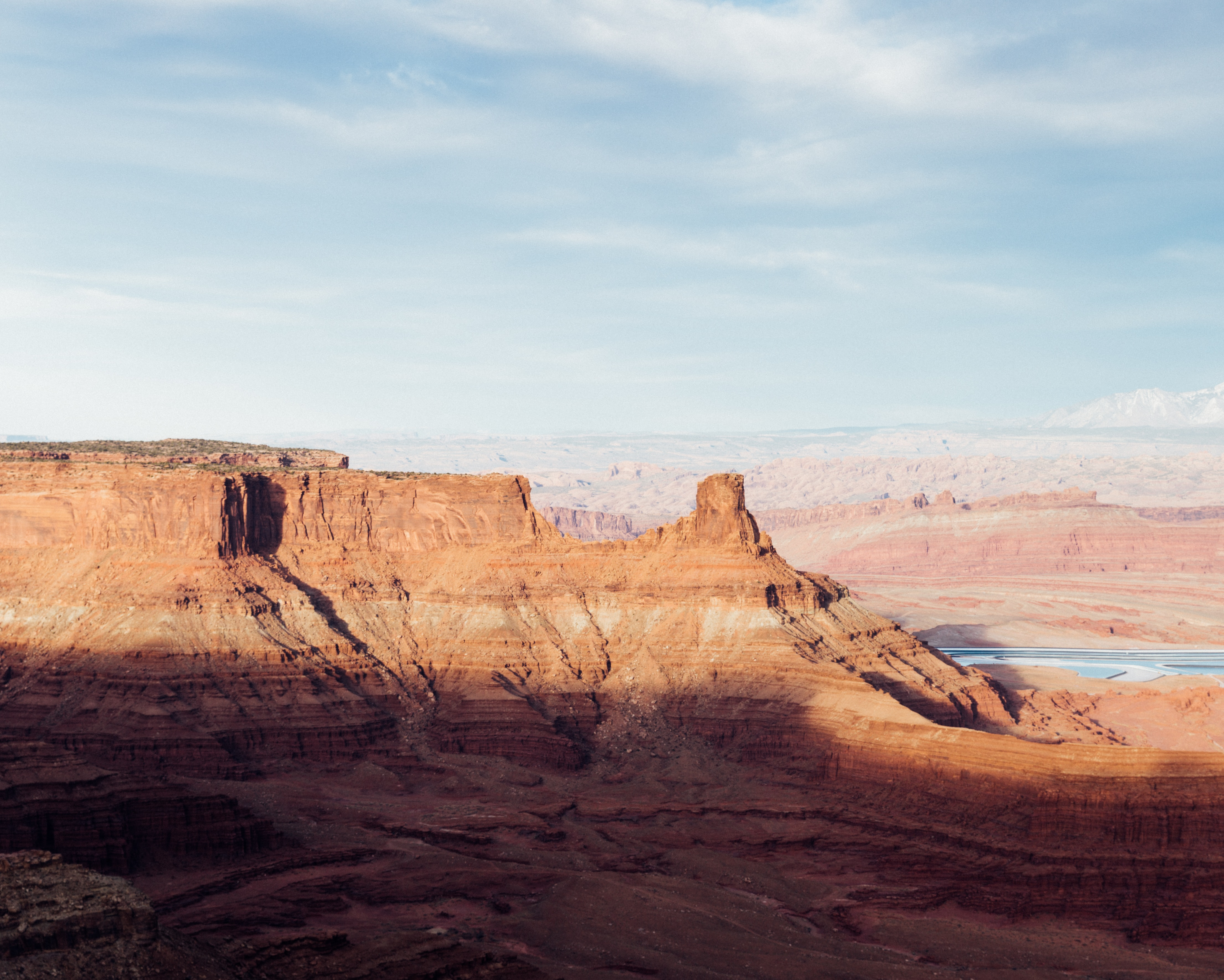 Morning cliff view at the Dead Horse Point State Park