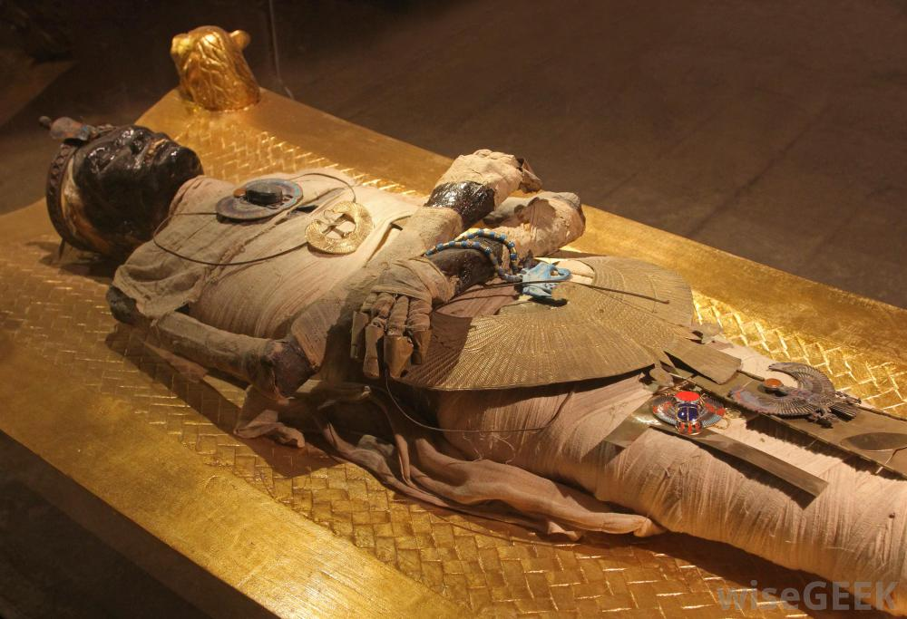 Egyptian mummies in Denver museum