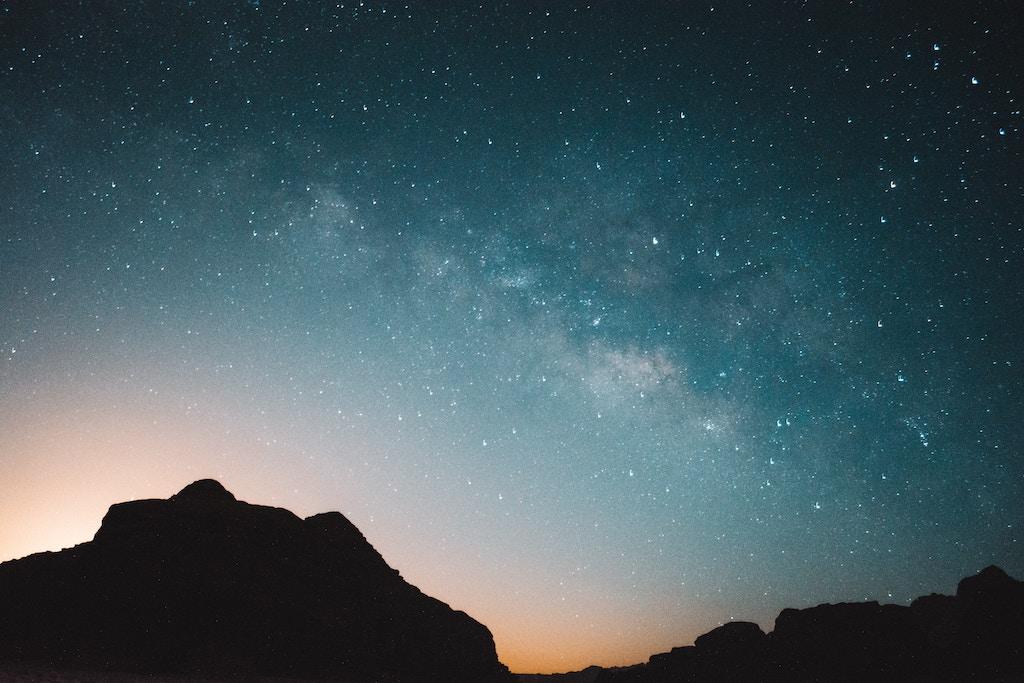 Stargazing at the milkyways in Wadi Rum desert